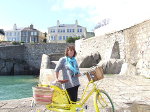 steph and bike dunlaoire 002