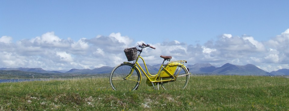 The woman on the Yellow Bicycle